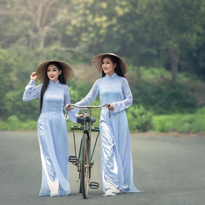 Vietnamese Women.jpg