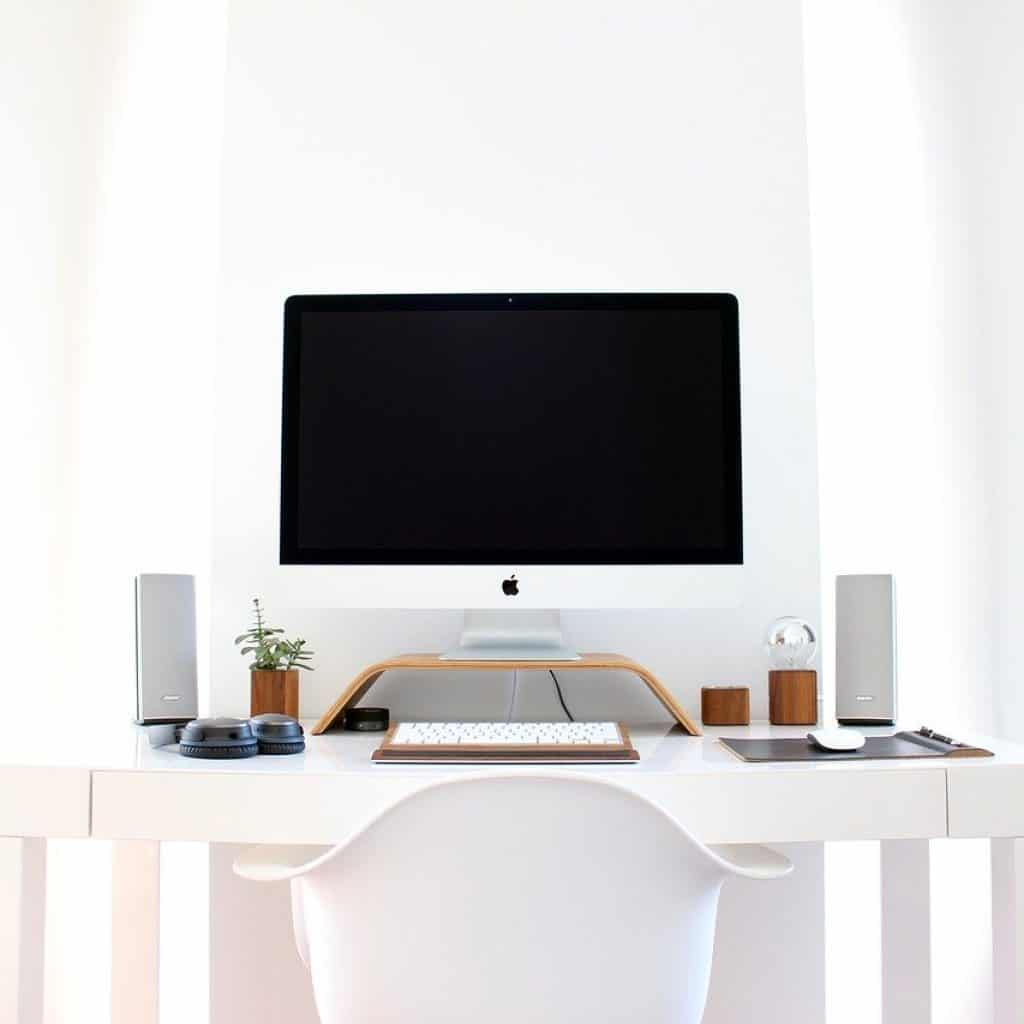 Imac For Teaching Esl Online.jpg